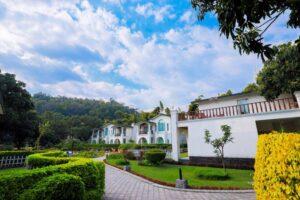 garden-the-Hridayesh-Spa-and-resort-Corbett